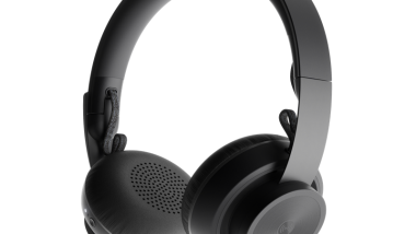 ​Logitech Zone Wireless Headsets