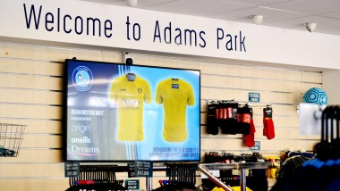 Wycombe Wanderers Football Club selects Vestel Visual Solutions as official audiovisual partner