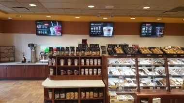 PPDS revolutionises retailer Kwik Trip's in-store marketing with 1,000 Philips Digital Signage installations across 700 sites