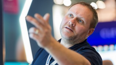 Clevertouch technologies launches new collaboration with intel