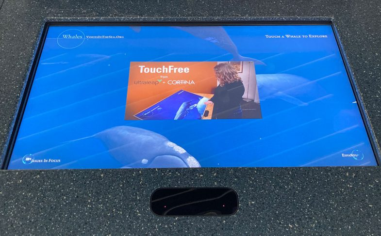 touchless-screen-leap-motion-controller