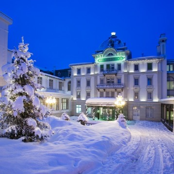 5-star Swiss Alps hotel upgrades guest rooms with 127 Philips MediaSuite TVs as part of grand reopening
